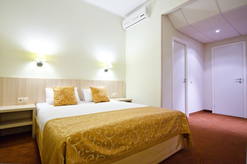 Комфортный номер эконом в гостинице SkyPoint