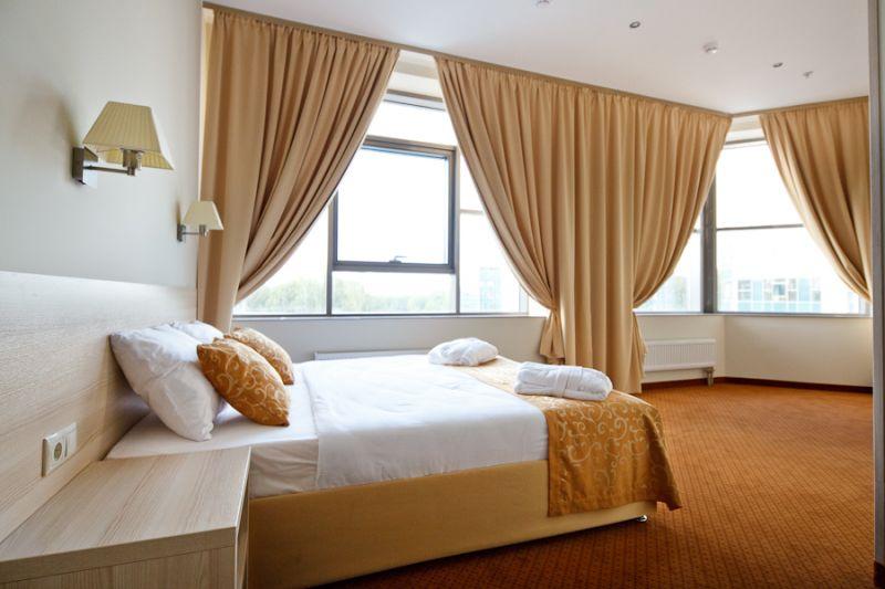 Вместительный бизнес класс в гостинице SkyPoint